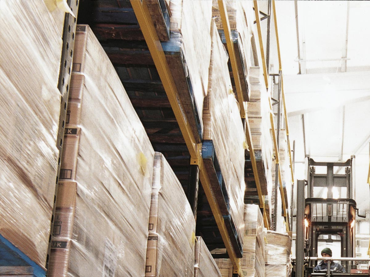 Spartan-Products_Narrow Aisle Pallet Racking 2