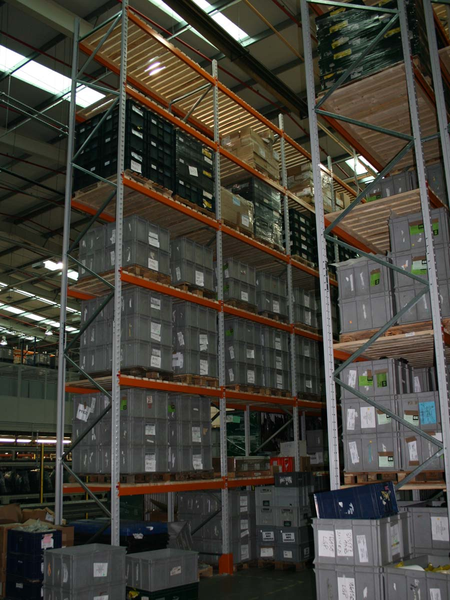 Spartan-Products_Wide Aisle Pallet Racking P1