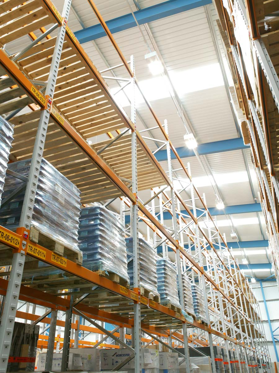 Spartan-Products_Wide Aisle Pallet Racking P3
